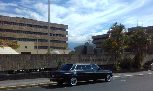 COSTARICAGOVERNMENTCOURTBUILDING.MERCEDESLIMOUSINETOUR.jpg